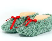 Green Soft Slippers, Knit Slippers, House Slippers, Unisex House Slippers