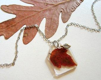 Red Maple Leaf - Real Autumn Leaf Woodland Necklace - Botanical jewelry, Pressed leaf, maple leaf, Autumn, Fall necklace, minimal, ooak gift
