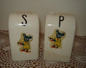 Vintage 1940s Art Deco Salt Pepper Shakers / White / Cute Graphics / Black Figural Character Decal /