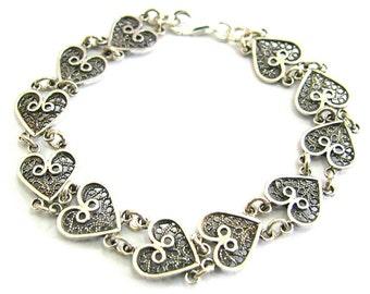 Bracelet 925 Sterling Silver, Yemenite Filigree Heart Bracelet, Gift For Her, Women Jewelry, Fine bracelet, Valentine Day Gift  - ID285