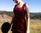 90s Red Wine crushed velvet mini dress size Med