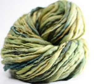 Handspun Thick and Thin Merino Wool Yarn Slub  tts(tm) Hand dyed Self-striping xLR 01d