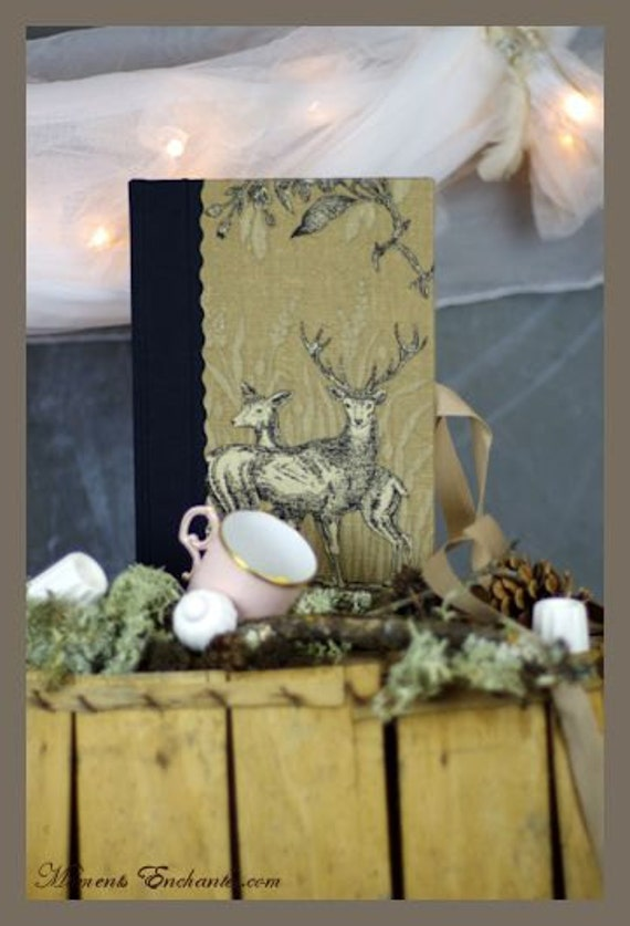 Hunting venery book very nice journal write in French  toile de Jouy