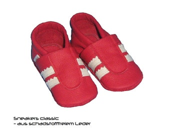 Sneakers leather baby shoes