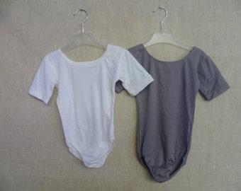 Short sleeve scoop neck 100%Nylon Leotard