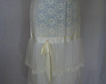 1950s Ivory Half Slip Petticoat, Small, Medium
