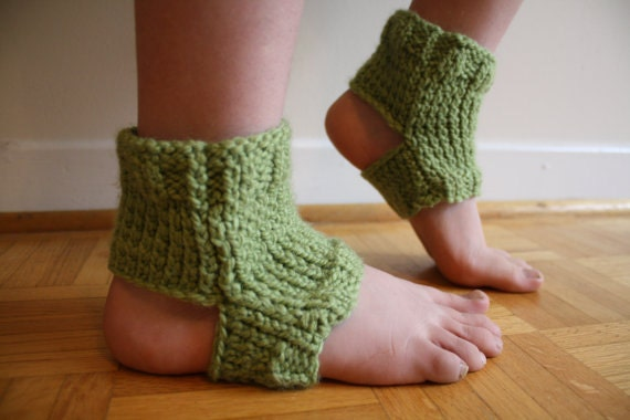 Green Yoga Socks Knit Green Stirrup Socks Flip Flop Socks Spa Socks Fashion Accessories