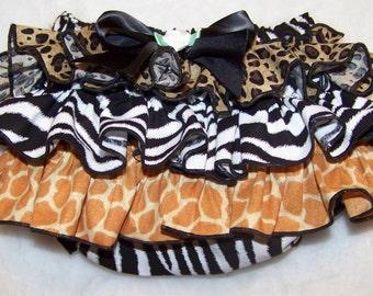 Ruffle Diaper Cover / Bloomer / Zebra / Giraffe / Leopard / Cheetah / Animal / Newborn / Infant / Baby / Girl / Toddler / Boutique Clothing