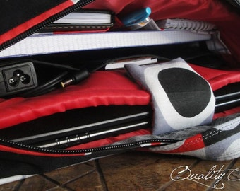 10%OFF - CUSTOMIZABLE Color Fabric and Size - Laptop bag  / Messenger bag or briefcase bag / 4 COMPARTMENTS - Pokets - Fully Padded