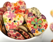 READY TO SHIP | 20 wood heart buttons - floral design. Painted buttons scrapbook embellishments