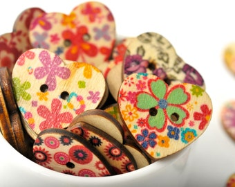 READY TO SHIP | 20 wood heart buttons - valentine's day hearts with floral design. Painted buttons scrapbook embellishments. Heart Buttons