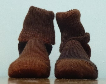 Hand KNITTED WOOL SOCKS mens or woman  - merino - stunning colors - Shade of Brown- made to order- Schokotatze