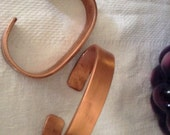 Hand forged copper bracelet unisex some people wear for relieving arthritis pain