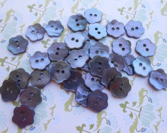 Buttons Mother of Pearl Flowers 12pcs