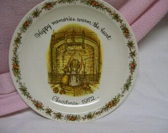 Holly Hobbie Plate, Christmas 1972,  Vintage Commemorative Edition Plate, Holly Hobbie Collector / Collection Circa Circa 1972