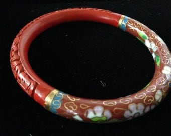 Beautiful vintage Chinese export Cloisonne and Cinnabar Bracelet