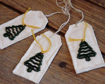 Christmas Tree Tags, Handmade Feedsack Prim Tattered Fabric Cutter Quilt Gift Wrap Party Favor Tags itsyourcountry