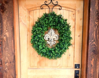 Boxwood Door Wreath-Winter Door Wreath-FLEUR DE LIS Boxwood Door Wreath-Large Door Wreath-French Country Decor-Outdoor Wreath-Housewarming