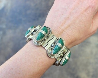 Mexican Carved Head BRACELET / Vintage Silver Jewelry / 1940s-1950's Bangle
