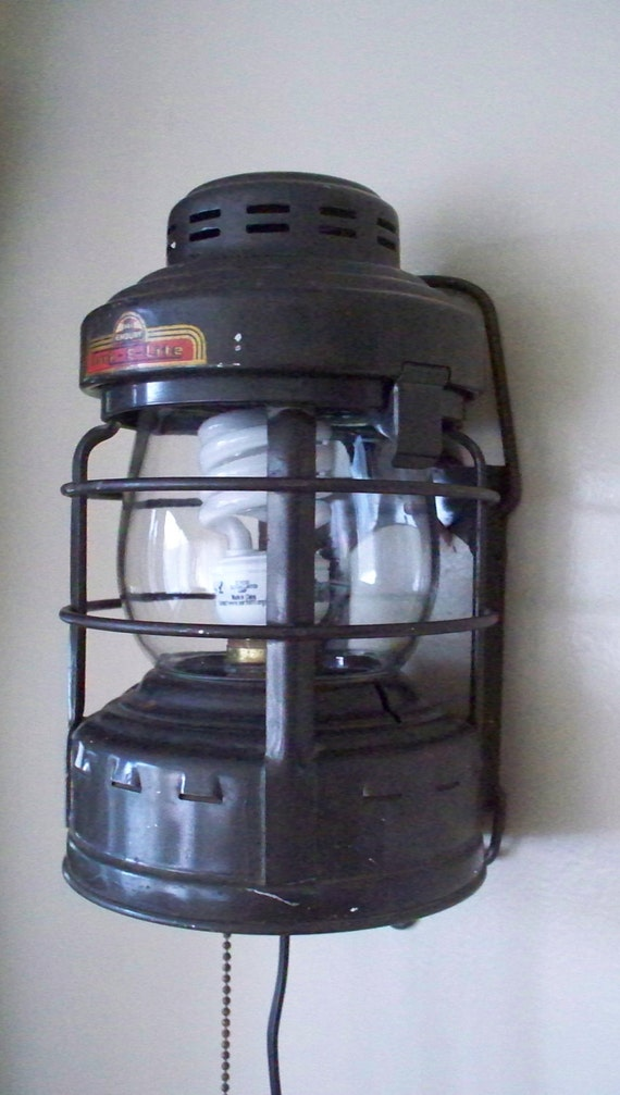 Antique Embury Luck E Lite Railroad Lantern By