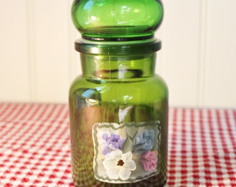 Vintage Emerald Green Glass Apothecary Jar