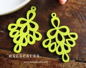 Painting Series 37x52mm Pretty Green Bell Flower Wooden Charm/Pendant MH218 07