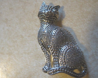 Silver Tone Marcasite Style Cat Brooch with Rhinestone Eyes