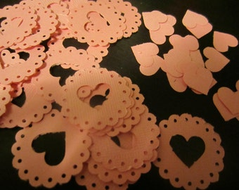 marcia stewart scalloped circle with heart centers- 50count