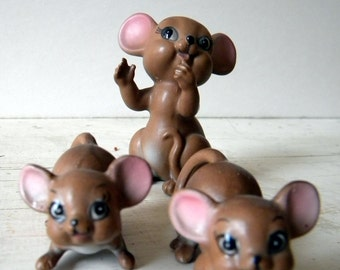 Vintage Ceramic Mouse Family made in Japan