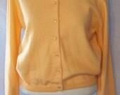 Gorgeous Vintage Jantzen Peach Cardigan Sweater