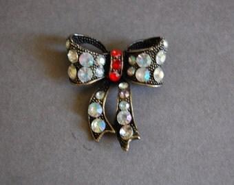 AB Rhinestone Bow Pin