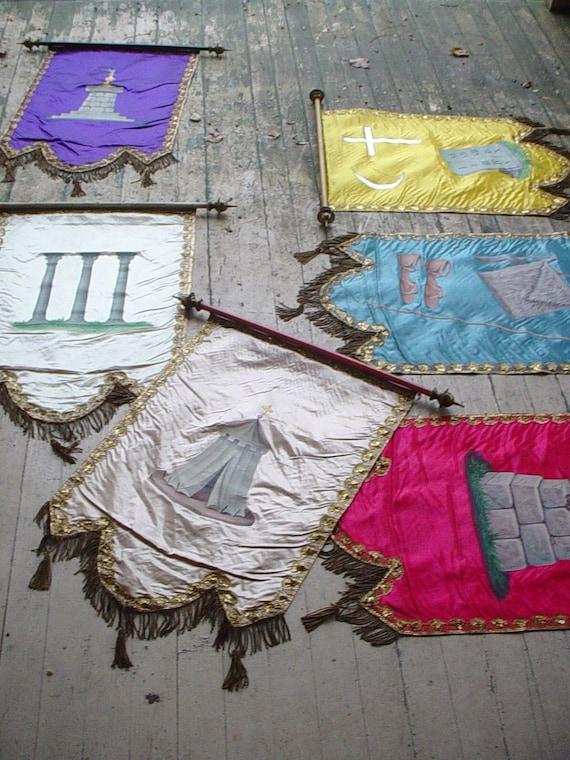6 Antique Odd Fellows Lodge Fraternal Ceremonial Banner Silk