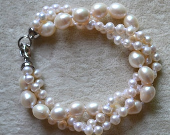 pearl bracelet, 3 Rows 8 inches 5-8mm ivory Freshwater Pearl Bracelet, three strand pearl bracelet, wedding bracelet, statement bracelet