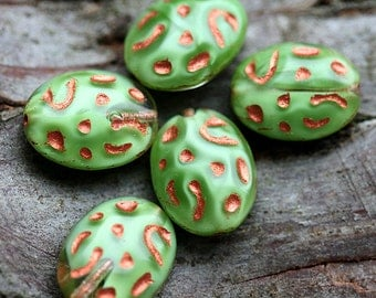 Oval beads, czech Glass - Green, copper inlays - ornament, large - 16x13mm - 6Pc - 1202