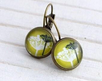 Mustard Dandelion Earrings .. dandelion earrings, mustard earrings, yellow earrings, woodland earrings