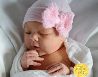 newborn girl take home outfit Newborn Beanie White and Pink Beanie with Bow Portait Hat Newborn Hospital Hat Girl Newborn