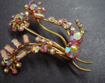 Marvelous VINTAGE BROOCH RARE Iridescent pink Austrian Crystal Rhinestonne Brooch