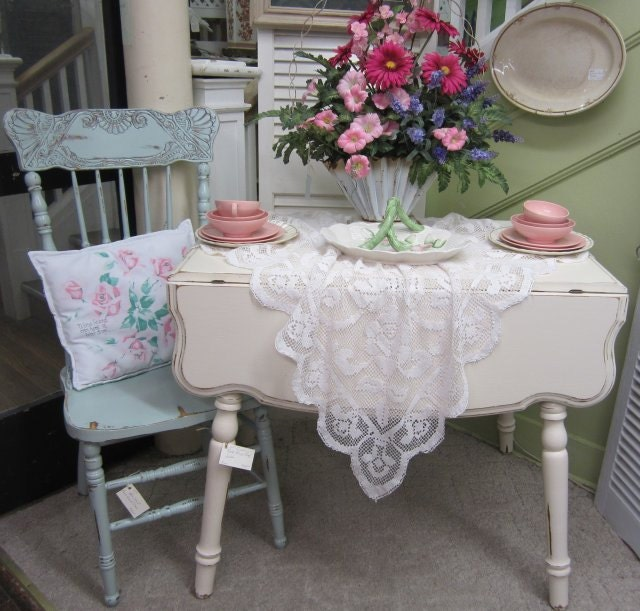 Shabby Chic Kitchen Table: Vintage Shabby Chic Kitchen Table Drop Leaf Hand Painted