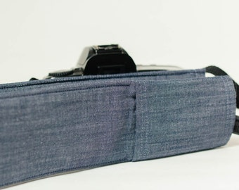 DSLR camera strap cover with lens cap pocket.  simply chambray.