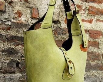HANDBAG Green leather crossbody/shoulder bag