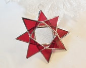 Christmas Star. Red Stained Glass Star. Suncatcher - Christmas ornament.