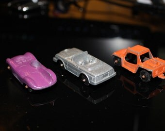 3 Vintage Tootsietoy Diecast Toy Cars, Jaguar, Mercedes 450 SL, Baja Run About - 1950s 1960s