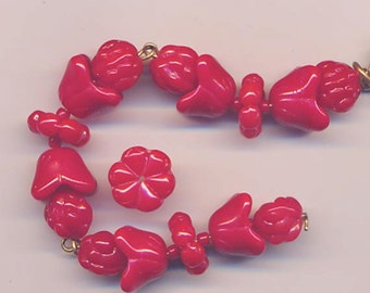 One lot of beautiful vintage Czech glass beads - red beads in different shapes