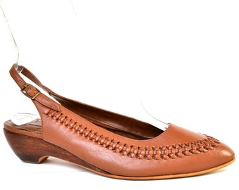Vintage Brown Woven Leather Flats 7.5 Vtg Stacked Wooden Slingback Shoes 7 1/2