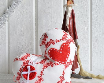 Hanging Christmas ornament, ready to hang heart, Swedish Christmas home decor, handmade in Sweden