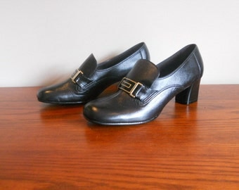 Vintage Black Loafers Leather Shoes Women's Heels Pumps Back to School Witch Pilgrim Shoes Airstep Size 8 .5