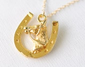 1970's vintage / gold plated horse shoe / horse / GOOD LUCK charm necklace