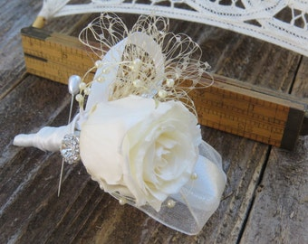 Gatsby Ivory Preserved Real Rose Andrea Boutonniere