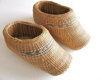 Pair of woven shoes