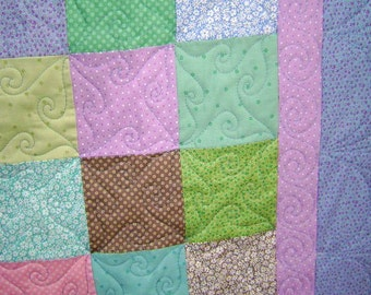 Cotton Candy Baby Crib Blanket Lap Comforter Quilt with Free Pair of Baby Socks